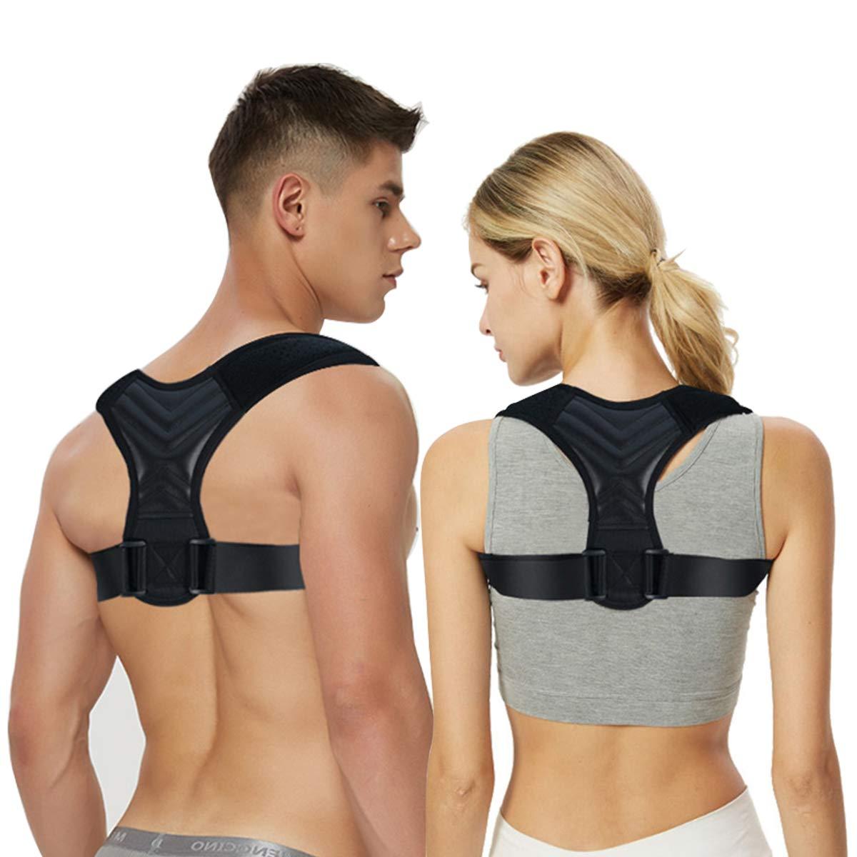 Hombre y mujer con correctores posturales